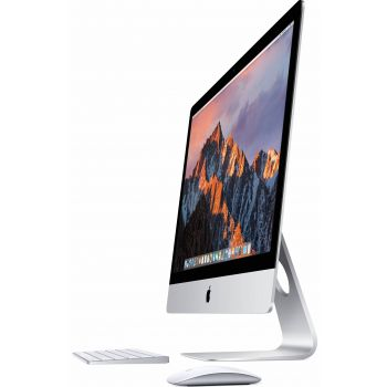 Image of iMac 27-inch 5K i7 (Late 2014) with Keyboard and Mouse